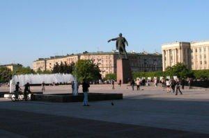 Химчистка ковров на Московской