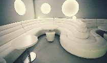 Чистка (химчистка) мебели в ночных клубах по Санкт-Петербургу (СПб)