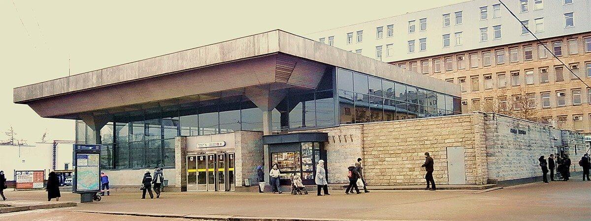 Химчистка мягкой мебели на дому у метро Выборгская